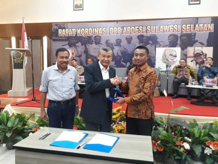 Universitas Fajar Makassar dan Apdesi Sulsel Teken MoU